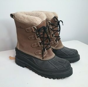 L.L. Bean Brown Snow Boots Size 9 NWOB